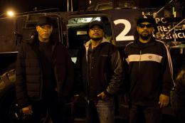 photo 10/35 - Dr. Dre, F. Gary Gray, Ice Cube - N.W.A - Straight Outta Compton - © Universal Pictures International
