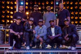 photo 4/35 - Aldis Hodge, Corey Hawkins, Dr. Dre, Ice Cube, Jason Mitchell - N.W.A - Straight Outta Compton - © Universal Pictures International