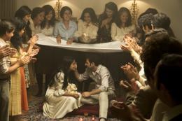 photo 15/16 - Kheiron, Le�la Bekhti, Zabou Breitman, Cam�lia Jordana - Nous Trois ou Rien - © Gaumont Distribution