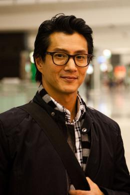 photo 21/22 - Will Yun Lee - Lost For Words - © Chapeau Melon Distribution