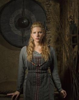 photo 8/12 - Katheryn Winnick - Vikings - Saison 1 - © � MGM Television
