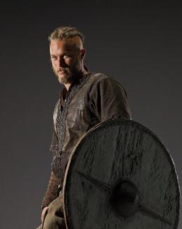 photo 10/12 - Travis Fimmel - Vikings - Saison 1 - © � MGM Television