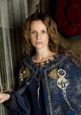 photo 6/12 - Jessalyn Gilsig - Vikings - Saison 1 - © � MGM Television