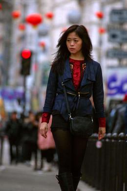 photo 9/10 - Qiu Lan - La Marcheuse - © Rezo Films