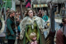 photo 53/61 - Alyssa Sutherland - Vikings - Saison 3 - © Canal +