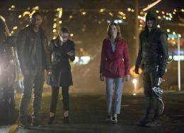photo 1/4 - Arrow - Saison 2 - © CW