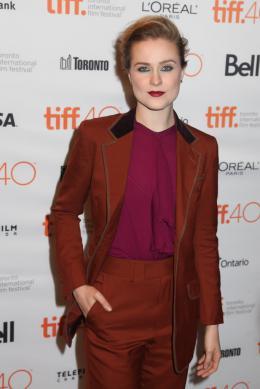 Evan Rachel Wood Into the Forest - 40ème Festival International du Film de Toronto 2015 photo 9 sur 126