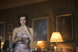 Vanessa Kirby The Crown photo 2 sur 9
