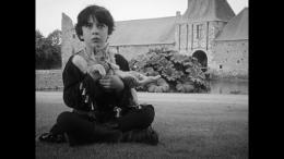 photo 15/17 - Camille Loubens - Les Filles au Moyen-Âge - © Potemkine Films