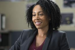 Simone Missick Marvel's Luke Cage photo 2 sur 2