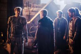 photo 11/22 - Dominion - Saison 2 - © Universal Pictures Vid�o