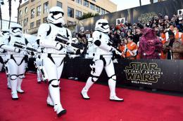 photo 3/64 - Première du film Star Wars - Le Réveil de la Force à Los Angeles - Star Wars VII : la première du film à Los Angeles - © Disney
