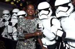 photo 24/64 - Première du film Star Wars - Le Réveil de la Force à Los Angeles - Star Wars VII : la première du film à Los Angeles - © Disney
