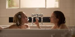 photo 2/28 - Lily-Rose Depp & Natalie Portman - Planetarium - © Ad Vitam