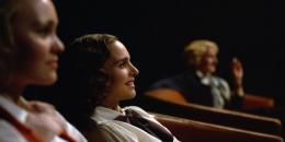 photo 1/28 - Natalie Portman - Planetarium - © Ad Vitam