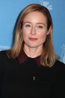 A Quiet Passion Jennifer Ehle  - Berlin 2016 Photocall photo 2 sur 24
