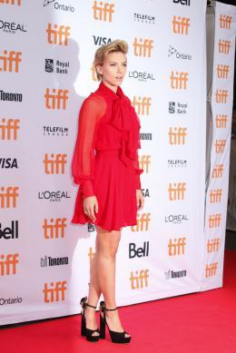 photo 10/51 - Scarlett Johansson - Tapis rouge - Toronto 2016 - Toronto 2016 : Tous en Scène - © Isabelle Vautier pour @CommeAuCinema.com