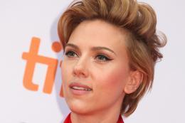 Scarlett Johansson Tapis rouge du film Tous en Sc�ne au Festival de Toronto 2016 photo 4 sur 285