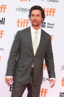photo 29/51 - Matthew McConaughey - Tapis rouge - Toronto 2016 - Toronto 2016 : Tous en Scène - © Isabelle Vautier pour @CommeAuCinema.com