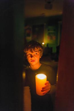 Gabriel Bateman Dans le Noir photo 7 sur 12