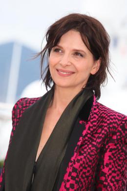 photo 23/53 - Juliette Binoche - Présentation du film au 69ème Festival de Cannes 2016 - Ma Loute - © Isabelle Vautier pour @Commeaucinema.com