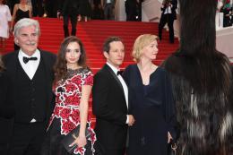 Toni Erdmann Peter Simonischek, Ingrid bisu, Trystan Putter, Sandra Huller - Tapis Rouge Cannes 2016 photo 5 sur 7