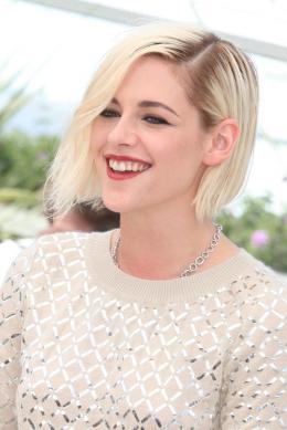 photo 9/18 - Kristen Stewart - Personal Shopper Photocall - Cannes 2016 : Kristen Stewart s'empare de la Croisette - © Isabelle Vautier pour @CommeAuCinema