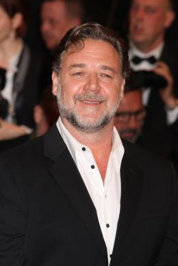 photo 42/73 - Russell Crowe - Tapis Rouge Cannes 2016 - The Nice Guys - © Isabelle Vautier pour @CommeAuCinema