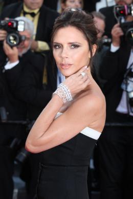 photo 9/102 - Victoria Beckham - Tapis rouge d'ouverture / Café Society - Cannes 2016 : Café Society ouvre les festivités - © Isabelle Vautier pour @Commeaucinema.com