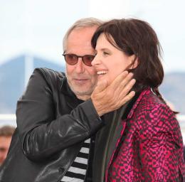 photo 15/53 - Fabrice Luchini, Juliette Binoche - Présentation du film au 69ème Festival de Cannes 2016 - Ma Loute - © Isabelle Vautier pour @Commeaucinema.com