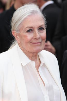 photo 65/125 - Vanessa Redgrave - Money Monster Tapis rouge - Cannes 2016 : Julia Roberts radieuse pour Money Monster - © Isabelle Vautier pour @Commeaucinema.com