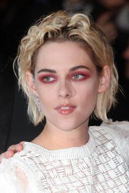 photo 15/18 - Kristen Stewart - Personal Shopper Tapis rouge - Cannes 2016 : Kristen Stewart s'empare de la Croisette - © Isabelle Vautier pour @CommeAuCinema