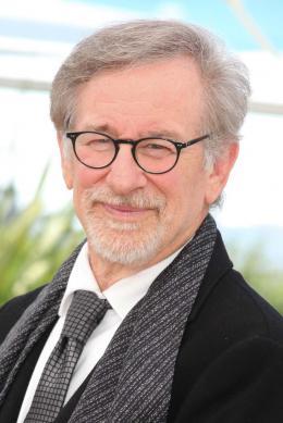 Steven Spielberg Le BGG (Le Bon Gros Géant) - Festival de Cannes 2016 photo 6 sur 133