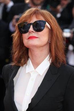 photo 52/102 - Susan Sarandon - Tapis rouge d'ouverture / Café Society - Cannes 2016 : Café Society ouvre les festivités - © Isabelle Vautier pour @Commeaucinema.com
