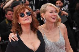 photo 118/125 - Susan Sarandon, Naomi Watts - Money Monster Tapis rouge - Cannes 2016 : Julia Roberts radieuse pour Money Monster - © Isabelle Vautier pour @Commeaucinema.com