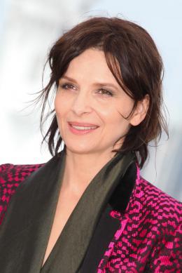 photo 22/53 - Juliette Binoche - Présentation du film au 69ème Festival de Cannes 2016 - Ma Loute - © Isabelle Vautier pour @Commeaucinema.com
