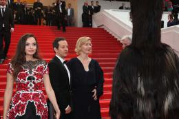 Toni Erdmann Ingrid Bisu, Trystan Putter, Sandra Huller - Tapis Rouge Cannes 2016 photo 6 sur 7