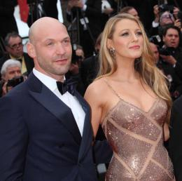 photo 12/49 - Corey Stoll, Blake Lively - Cannes 2016 - Caf� Society - © Isabelle Vautier pour @Commeaucinema.com