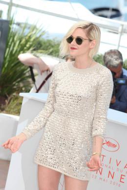 photo 5/18 - Kristen Stewart - Personal Shopper Photocall - Cannes 2016 : Kristen Stewart s'empare de la Croisette - © Isabelle Vautier pour @CommeAuCinema