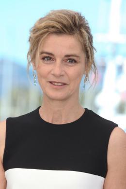 photo 33/67 - Anne Consigny - Photocall Cannes 2016 - Elle - © Isabelle Vautier pour @CommeAuCinema