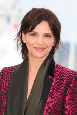 photo 20/53 - Juliette Binoche - Présentation du film au 69ème Festival de Cannes 2016 - Ma Loute - © Isabelle Vautier pour @Commeaucinema.com