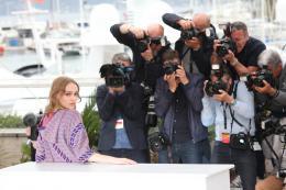 photo 34/45 - Lily Rose Depp - Photocall Cannes 2016 - La Danseuse - © Isabelle Vautier pour @Commeaucinema.com