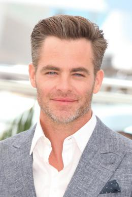 photo 7/12 - Chris Pine - Photocall Cannes 2016 - Comancheria - © Isabelle Vautier pour @CommeAuCinema