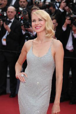 photo 61/125 - Naomi Watts - Money Monster Tapis rouge - Cannes 2016 : Julia Roberts radieuse pour Money Monster - © Isabelle Vautier pour @Commeaucinema.com