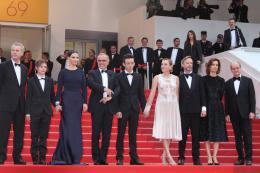 photo 38/53 - L'équipe du film - Présentation du film au 69ème Festival de Cannes 2016 - Ma Loute - © Isabelle Vautier pour @CommeAuCinema
