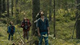 Dans la Forêt Jérémie Elkaïm, Timothé Vom Dorp, Théo Van de Voorde photo 6 sur 7