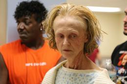 photo 4/8 - Jill Larson - L'�trange cas Deborah Logan - © Metropolitan FilmExport