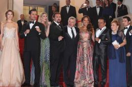 photo 16/48 - Présentation du film Hands of Stone au 69ème Festival de Cannes 2016 - Cannes 2016 : Robert de Niro met K.O la Croisette ! - © Isabelle Vautier pour @CommeAuCinema