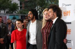 photo 20/28 - Rooney Mara, Dev Patel, Nicole Kidman, Garth Davis - Tapis Rouge Lion - Toronto 2016 : Lion - © Isabelle Vautier pour @Commeaucinema.com