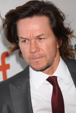 photo 39/60 - Mark Wahlberg - Tapis Rouge Deepwater - Deepwater - © Isabelle Vautier pour @Commeaucinema.com